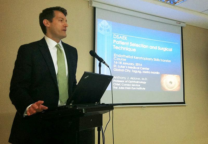 Dr. Aldave lecturing on DSEK surgery during DSEK skills transfer course at St. Luke's Hospital