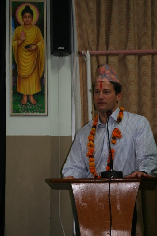 Dr. Aldave lecturing at Lumbini Eye Institute.
