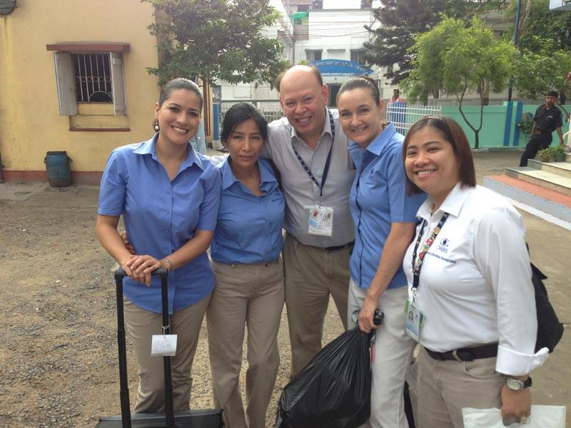 Dr. Pineda and  members of the ORBIS Flying Eye Hospital team