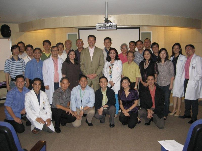 Dr. Aldave, Dr. Minguita Padilla and attendees at the training course on keratoprosthesis (artificial corneal transplant) surgery held at Philippine General Hospital